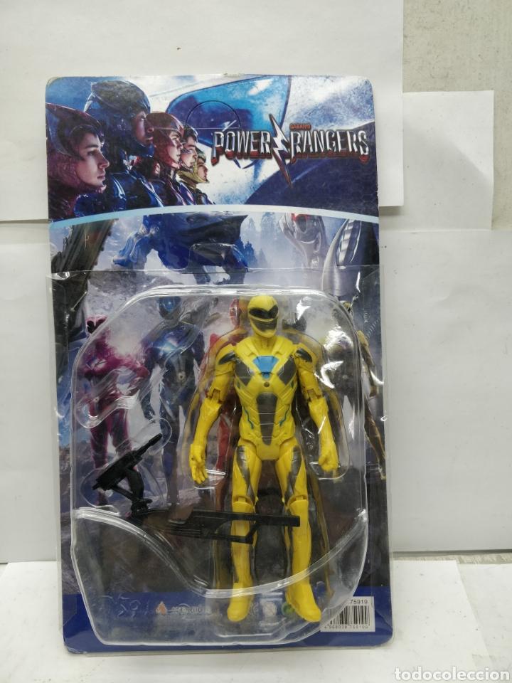 SABAN'S POWER RANGERS AMARILLO CON ARMAMENTO (Juguetes - Figuras de Acción - Power Rangers)