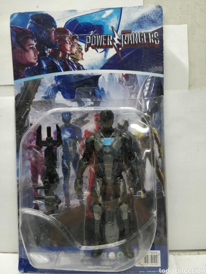 SABAN'S POWER RANGERS - REF: 75919-34 - MUÑECO DE ACCIÓN NEGRO Y AZUL CON ARMAMENTO (Juguetes - Figuras de Acción - Power Rangers)