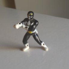 Figuras y Muñecos Power Rangers: POWER RANGER NEGRO. Lote 195013125