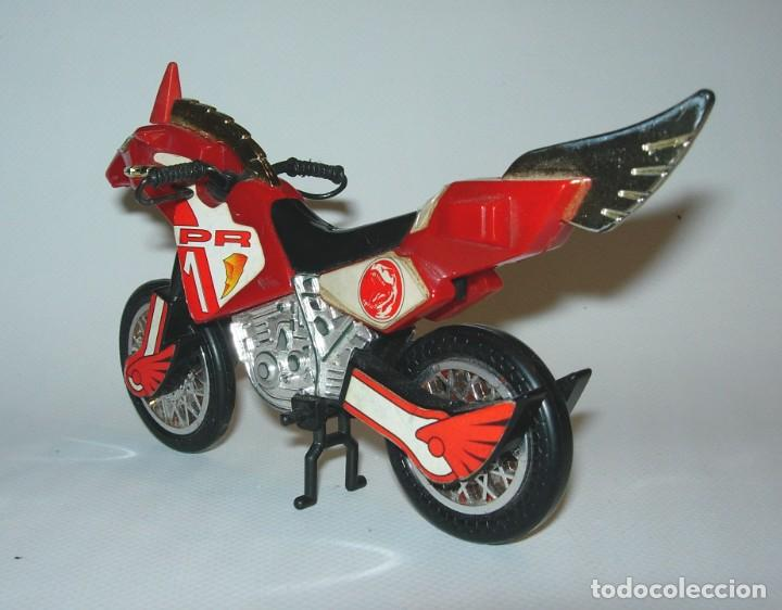 Figuras y Muñecos Power Rangers: Power Rangers Moto Bandai 94 roja - Foto 3 - 184728900