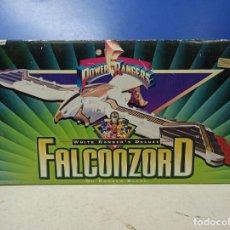 Figuras y Muñecos Power Rangers: PRECIOSO VEHICULO FALCONZORD POWER RANGERS BANDAI. NUEVO SIN ABRIR. Lote 187096282