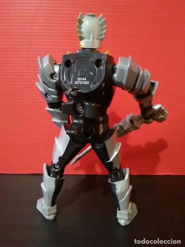 Figuras y Muñecos Power Rangers: Figura muñeco de acción de los power rangers de bandai megaforce con su arma - Foto 2 - 194281747