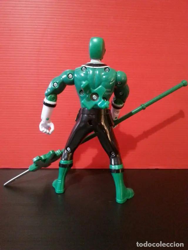 Figuras y Muñecos Power Rangers: Figura muñeco de acción de los power rangers de bandai megaforce verde con su arma - Foto 2 - 194282071