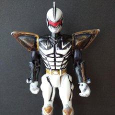 Figuras y Muñecos Power Rangers: FIGURA POWER RANGER BLANCO-15CM APROX.-BANDAI-2003-VER FOTOS-B2-V1. Lote 196357821