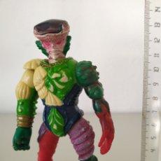 Figuras y Muñecos Power Rangers: BETTLEBORGS POWER RANGERS FIGURA ACCIÓN MUÑECO MONSTRUO TYPHUS. Lote 198575892