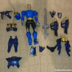 Figuras y Muñecos Power Rangers: OCASION COLECCIONISTAS ANTIGUA FIGURA DE ACCION MUÑECO BANDAI 2011 POWER RANGERS CON MUCHAS PIEZAS. Lote 212690493