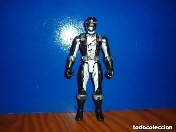 MUÑECO FIGURA POWER RANGERS NEGRO. BANDAI. 2005 (Juguetes - Figuras de Acción - Power Rangers)