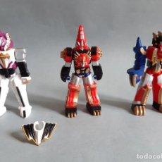 Figuras y Muñecos Power Rangers: 3 FIGURAS POWER RANGERS ZORD ARMOUR FIGURINE DINO 10 CM RANGER ZORD BLINDADO DE BANDAI. Lote 208104462