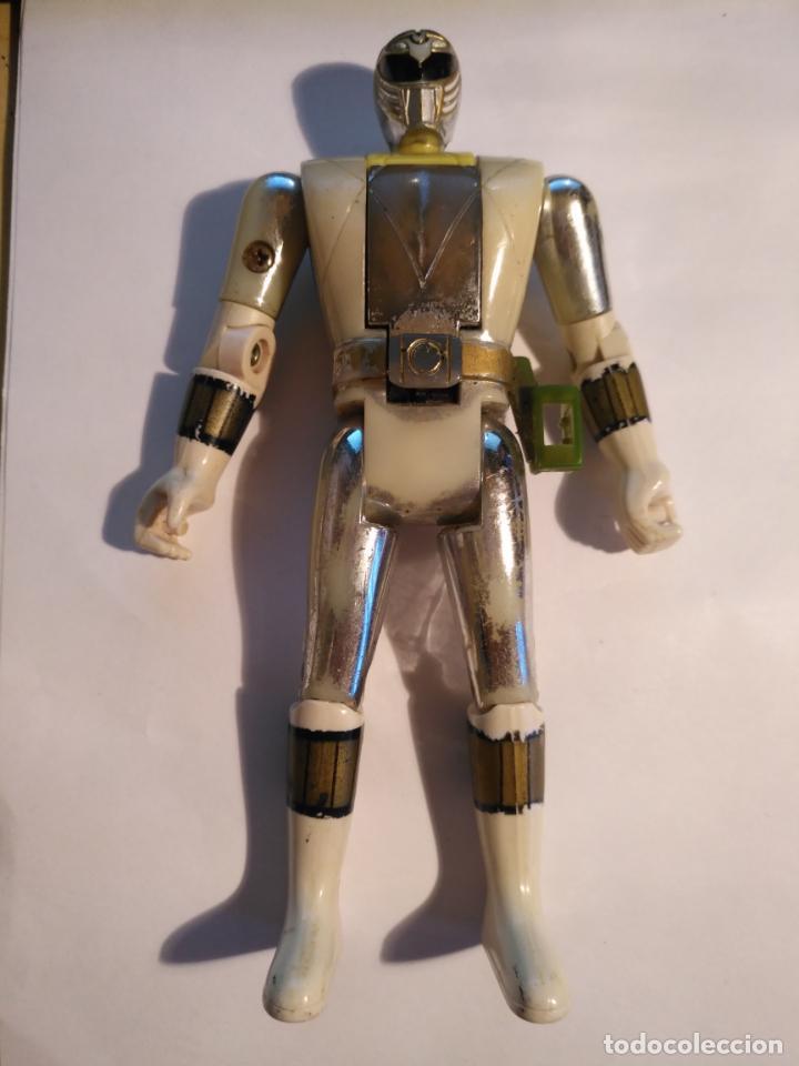 Figuras y Muñecos Power Rangers: figura muñeco plastico Power Rangers Auto Morphin 1993 Bandai blanco metalizado ver fotos detalladas - Foto 2 - 214501060