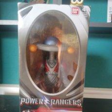 Figuras y Muñecos Power Rangers: FIGURA ALPHA 5 DE LOS POWER RANGERS NUEVA EN CAJA DE BANDAI 2017. Lote 216993601