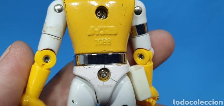 Figuras y Muñecos Power Rangers: LOTE DE 3 FIGURAS DE POWER RANGERS - BANDAI O BIOMAN LA MOTO ES DEL 94, LA AMARILLA ES METALICA 1988 - Foto 6 - 219467660