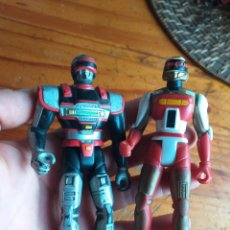 Figuras y Muñecos Power Rangers: DOS MUÑECOS SABAN 1994 Y 1995. Lote 221587437