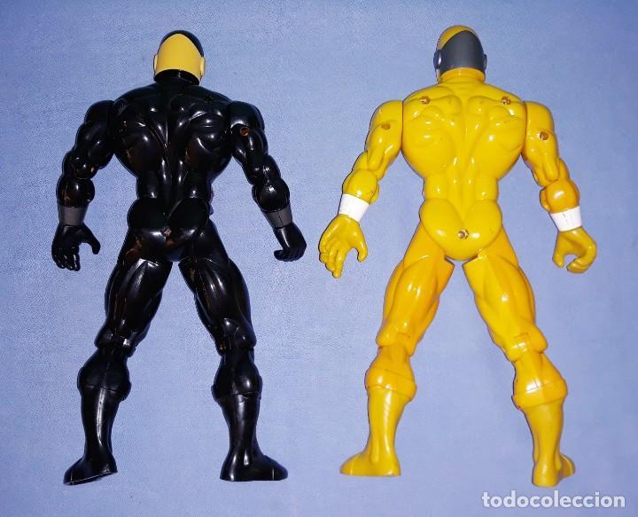 Figuras y Muñecos Power Rangers: DOS FIGURAS POWER RANGERS ARTICULADAS DE SUNCO AÑO 2001 TAMAÑO GRANDE - Foto 2 - 227067375