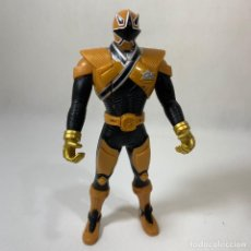 Figuras y Muñecos Power Rangers: FIGURA POWER RANGER GOLD SUPER SAMURAI - DORADO - BANDAI - AÑO 2010 - 16 CM. Lote 234945990
