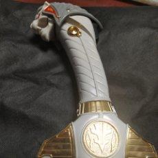 Figuras y Muñecos Power Rangers: ESPADA DE BANDAS PODER RANGERS SABA SWORD MIGHT. Lote 255634815