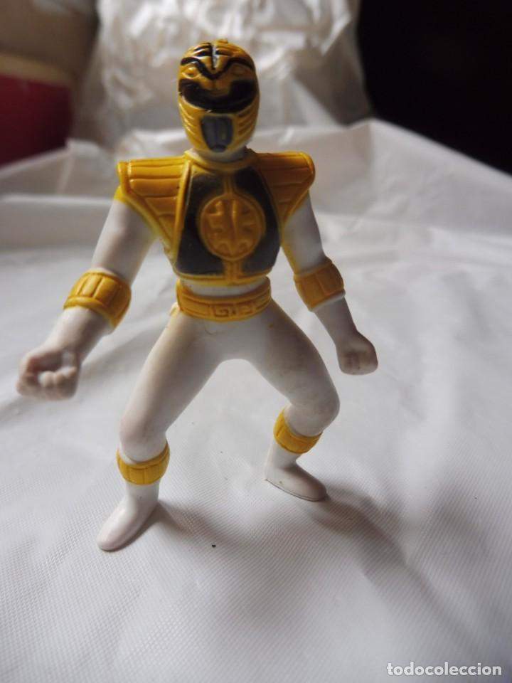 FIGURA PLÁSTICO POWER RANGERS AMARILLO, SABAN 1995 (Juguetes - Figuras de Acción - Power Rangers)