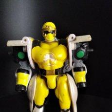 Figuras y Muñecos Power Rangers: LEON RANGER AMARILLO TRANSFORMABLE - POWER RANGERS NINJA STORM 2002 BANDAI -. Lote 268253299