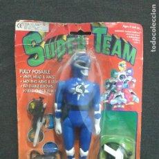 Figuras y Muñecos Power Rangers: POWER RANGERS - BOOTLEG EN BLISTER TODO A 100 ESPAÑA SUPER TEAM AZUL AÑOS 90. Lote 269979633