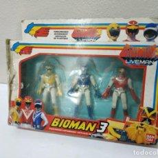 Figuras y Muñecos Power Rangers: CAJA BIOMAN 3 LIVEMAN CON LAS TRES FIGURAS Y UN ROBOT POWER RANGERS Y ACCESORIOS BANDAI 1988 BOOTLEG. Lote 272641938