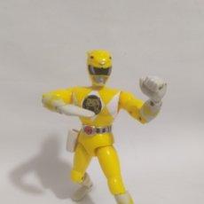 Figuras y Muñecos Power Rangers: FIGURA POWER RANGER AMARILLO .KARATE ACCIÓN.BANDAI 94.. Lote 276209508