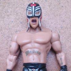 Figuras y Muñecos Pressing Catch: FIGURA LUCHADOR PRESSING CATCH WWE 2003, REY MYSTERIO. Lote 147601030