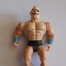 Figuras y Muñecos Pressing Catch: BOOTLEG HOMBRE BIGOTE Y PARCHE OJO LUCHADOR WWF WWE LUCHA LIBRE. Lote 50919656