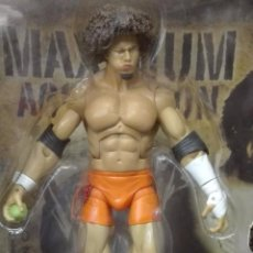 Figuras y Muñecos Pressing Catch: 818- FIGURA DEL PERSONAJE CARLITO DE WORLD WRESTLING ENTERTAINMENT, SERIE 2, TAMAÑO 1. Lote 37769418