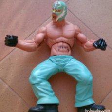 Figuras y Muñecos Pressing Catch: FIGURA WWE JAKKS PACIFIC 2005 REY MISTERIO 34 CM. Lote 96388879