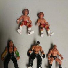 Figuras y Muñecos Pressing Catch: PRESSING CATCH, WWE, JAKKS AÑO 2006,LOTE 5 MUÑECOS ARTICULADOS, 5 CM, VER FOTOS. Lote 111436139