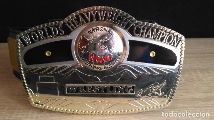 Figuras y Muñecos Pressing Catch: WWE RING Y CINTURON - MARVEL TOYS 2006 - Foto 2 - 135517058