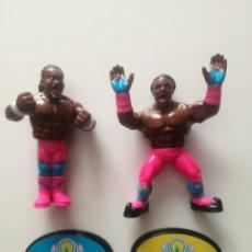 Figuras y Muñecos Pressing Catch: FIGURA KOFI KINGSTON WWE RETRO WWF PRESSING CATCH. Lote 147937006