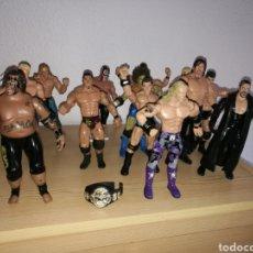 Figuras y Muñecos Pressing Catch: IMPRESIONANTE LOTE DE 13 FIGURAS DE LUCHADORES PRESSING CATCH. WWE. 1999 A 2004. Lote 154508185