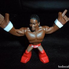 Figuras y Muñecos Pressing Catch: KOFI KINGSTON - FIGURA WWE RUMBLERS DE MATTEL - . Lote 157368350