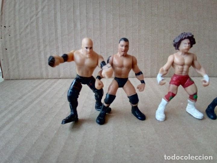 Figuras y Muñecos Pressing Catch: LOTE DE 8 MINI FIGURA WWE 2006 - Foto 4 - 176127285