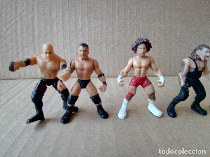 Figuras y Muñecos Pressing Catch: LOTE DE 8 MINI FIGURA WWE 2006 - Foto 5 - 176127285