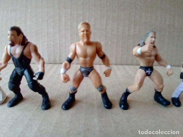 Figuras y Muñecos Pressing Catch: LOTE DE 8 MINI FIGURA WWE 2006 - Foto 8 - 176127285