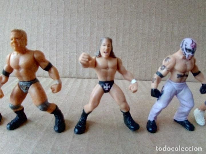 Figuras y Muñecos Pressing Catch: LOTE DE 8 MINI FIGURA WWE 2006 - Foto 9 - 176127285