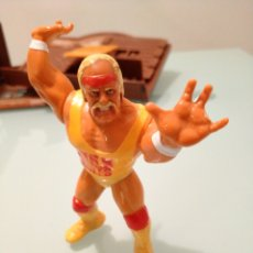 Figure e Bambolotti Pressing Catch: HULK HOGAN. Lote 189594771