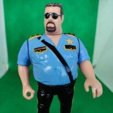 Figuras y Muñecos Pressing Catch: FIGURA BIG BOSS MAN POLI LOCO. WWF WWE. HASBRO. TITAN SPORTS.1991 BIGG BOSSMAN. Lote 246093215
