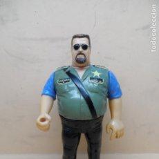 Figuras y Muñecos Pressing Catch: FIGURA WWF PRESSING CATCH - BIG BOSS MAN (EL POLI LOCO) (SERIE 1) 1990 HASBRO. Lote 252798845