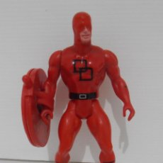 Figuras y Muñecos Secret Wars: FIGURA, DAREDEVIL, SECRET WARS, CON SU ESCUDO, MARVEL, MATTEL, FRANCE 1985. Lote 143706550