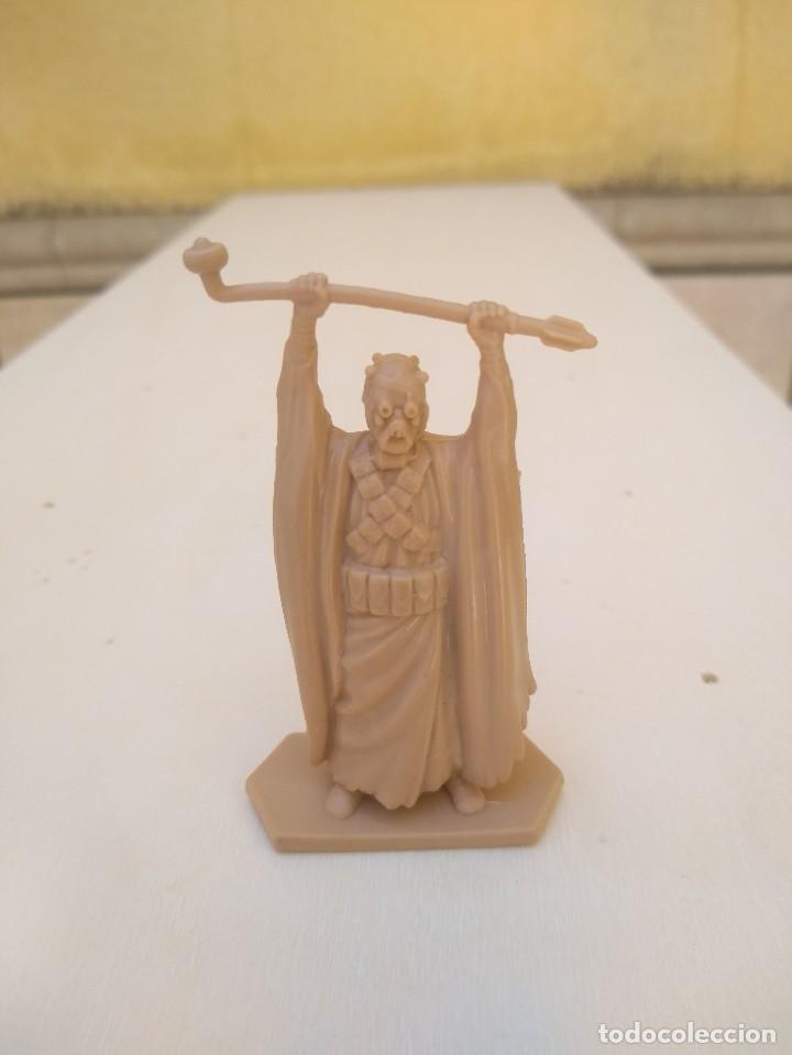 Figuras y Muñecos Secret Wars: MORADOR DE LAS ARENAS - TUSKEN RAIDER - STAR WARS - FIGURA PVC - Foto 4 - 170947575