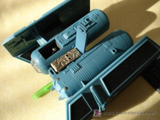 Figuras y Muñecos Star Wars: Detalle de la cabina y del motor abiertos. - Foto 3 - 31935039