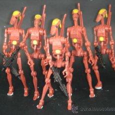 Figuras y Muñecos Star Wars: STAR WARS--DROIDES DE COMBATE--SIN ARMAS. Lote 26926706