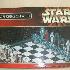 Figuras y Muñecos Star Wars: AJEDREZ DE STAR WARS SIN ESTRENAR EN . TODAS LAS FIGURAS NUEVAS. DESCATALOGADO. Lote 27121996
