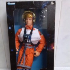 Figuras y Muñecos Star Wars: LUKE SKYWALKER IN X - WING GEAR NUEVO EN CAJA COLLECTOR SERIES DE KENNER. Lote 41173737