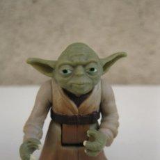 Figuras y Muñecos Star Wars: MAESTRO YODA - STAR WARS - FIGURA ARTICULADA DE PVC - KENNER - LFL - AÑO 1995.. Lote 41804441