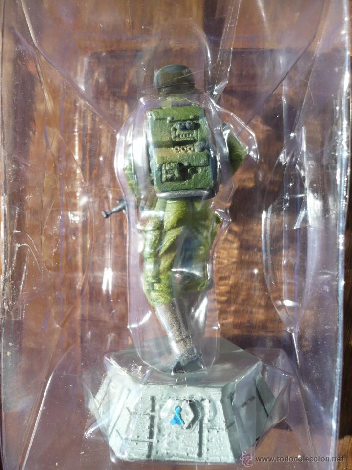 Figuras y Muñecos Star Wars: Figura plomo ajedrez STAR WARS . Producto oficial Lucasfilms . Comando rebelde . Peón blanco.2011. - Foto 2 - 47640409