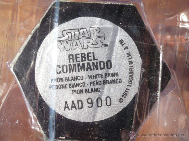 Figuras y Muñecos Star Wars: Figura plomo ajedrez STAR WARS . Producto oficial Lucasfilms . Comando rebelde . Peón blanco.2011. - Foto 3 - 47640409