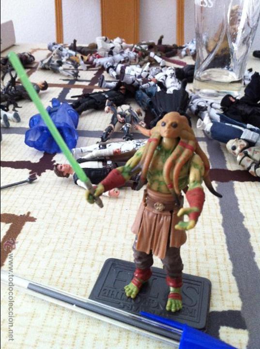 MAESTRO JEDI KIT FISTO, VERSIÓN SERIE CLONE WARS. JUGADO POR MI HIJO. (Juguetes - Figuras de Acción - Star Wars)